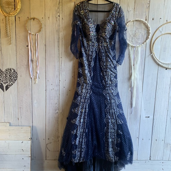 Black Label Dresses & Skirts - BLACK LABEL Vintage Sequined Ball Gown 12 EUC